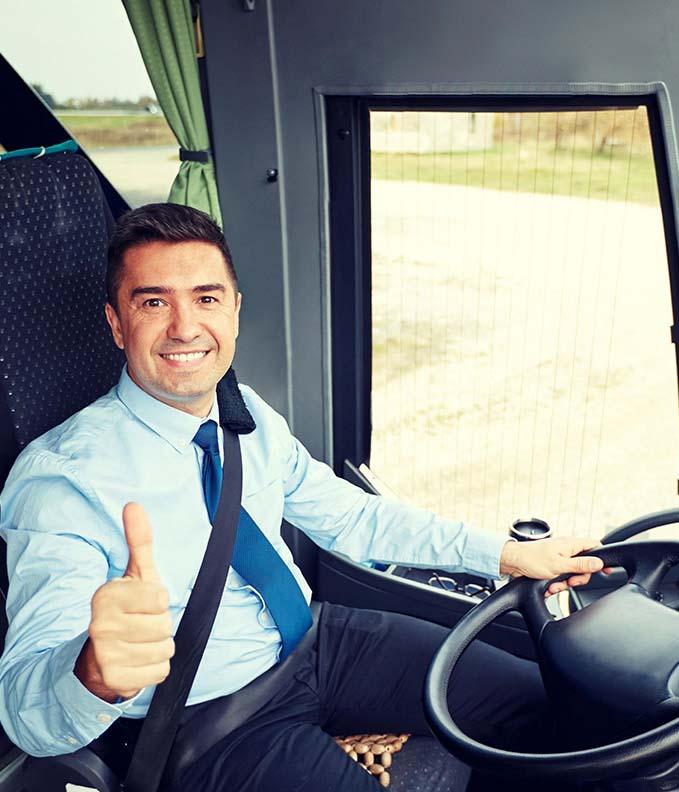 Noleggio pulmino 15 posti con autista Milano