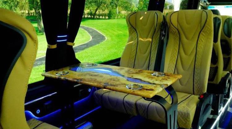 Noleggio con conducente Minibus Milano
